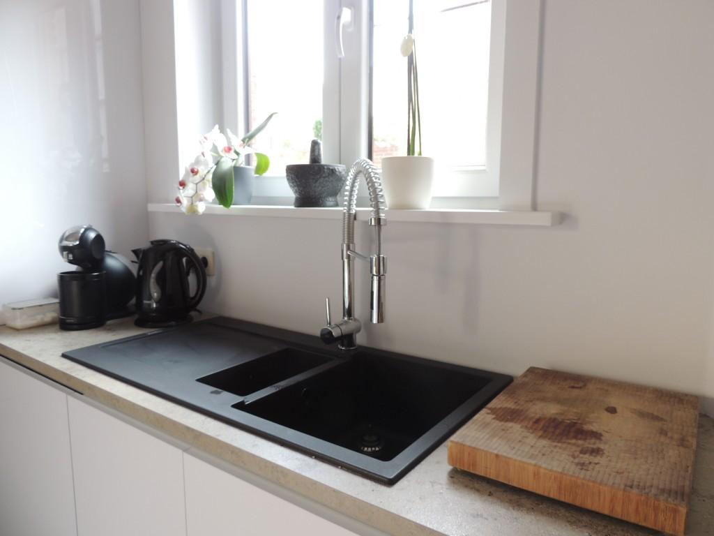 Compacte keuken met ontbijthoek